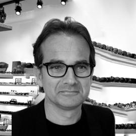 John Mc Nally / Directeur Général
